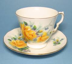 vintage queen anne bone china tea cup yellow roses queen anne