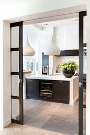 porte vitree cuisine des idées sympas pour changer votre porte de cuisine