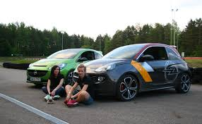 opel cars 2016 press ralio u201c moterys interviu su komandos u201eopel racing u201c narėmis