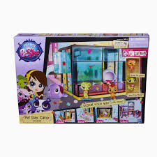 for kids worldwide littlest pet shop pet day camp style set design your lps world your way the pet day camp style set comes with more than 95 pieces that let you design your world any way you want