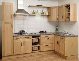 cuisine en chene moderne cuisine chene clair moderne cuisine bleue grise avec plan cuisine