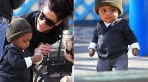 sandra bullock son sandra bullock teaches her son about racism loop png