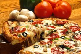 round table pizza near me now come get some fresh pizza at medford s round table pizza