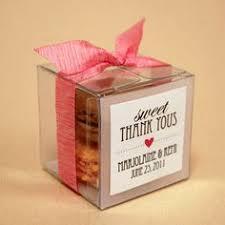 macaron wedding favors macaron gift basket recherche weddding71616