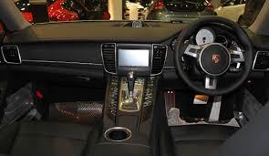 porsche panamera interior back seat file porsche panamera s interior jpg wikimedia commons
