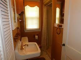 Bathroom In Garage 702 W Sidnor St Alvin Tx 77511 Har Com