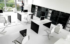Modern Italian Office Desk Pratiko New Office Desks Ivm Desk Ranges Msl Interiors