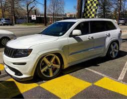 lowered jeep grand cherokee jeep jeepsrt8 srt srt8 srtaddicts jeepers grandcherokee