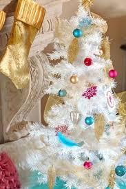 classic christmas decorating ideas 4679 how to make traditional christmas decorations white