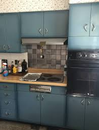 youngstown kitchen cabinets by mullins burnt blue youngstown steel kitchen cabinets what a lovely color