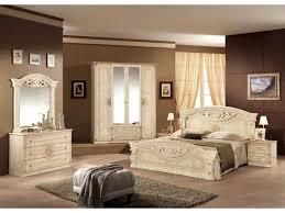 chambre adulte italienne armoire pour chambre coucher inspirations avec étourdissant modele