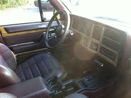 classic jeep interior file 1989 jeep xj wagoneer limited nc in jpg wikimedia commons