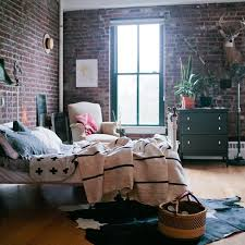 Bedroom Designer Online Find Out High Quality Used Furniture Nyc In These 9 Online Shops