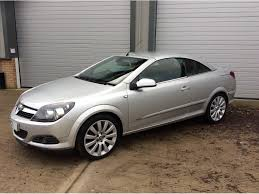 used vauxhall astra convertible 1 8 i design twin top 2dr in