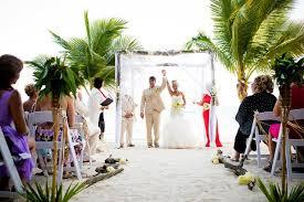 Marriage Planner Meet A Wedding Planner In Belize City Signature Belize Weddings