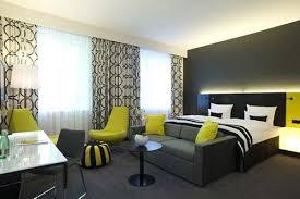 chambre noir et vert andel s hotel berlin ousejourner com