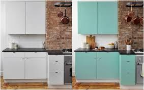 küche neu gestalten klebefolie für küche verwenden und die küchenmöbel neu gestalten