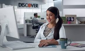 actress in capitol one commercial2015 are the twins in the discover card commercial twins in real life