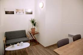 bureau de poste gare montparnasse location bureaux 11 75011 54m2 id 324924 bureauxlocaux com