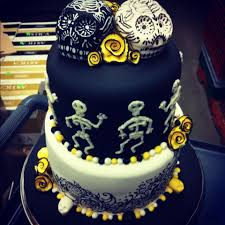 Halloween Skull Cakes by 25 Wedding Cakes With Skulls