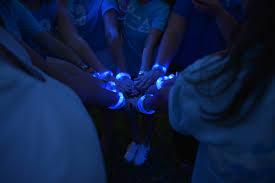 autism speaks advocates light it up blue to celebrate ada
