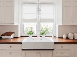 how to paint kitchen cabinets without streaks how to paint kitchen cabinets wow 1 day painting