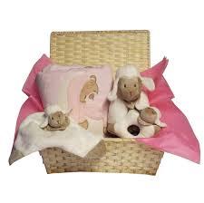 fauteuil bebe avec prenom joli coffret cadeau de naissance sur le thème du petit mouton a
