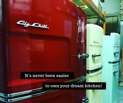 Step Lifestyle Dream Kitchen Accessories - blog articles retro 1950s style kitchen big chill