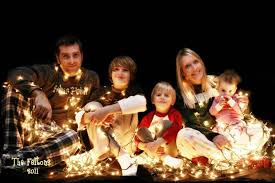 Outdoor Family Picture Ideas Family Christmas Cards Ideas Ne Wall