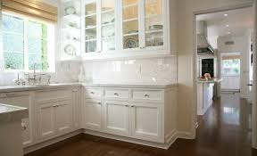 White Shaker Front Cabinets Design Ideas - Shaker white kitchen cabinets