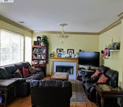 Serranos Furniture Dinuba Ca by Marina Vista In San Leandro 4 Bedroom S Residential 839 000