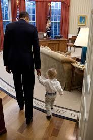 Barack Obama Cabinet Members Barack Obama Photo Captures Final Farewell To White House Time
