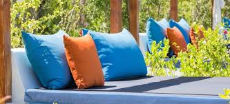 Patio Furniture Fabric Choosing The Best Fabric For Outdoor Cushions Doityourself Com