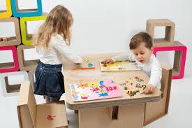 tavolo sedia bimbi cartone ondulato ondulato perfetto per arredare la stanza dei bambini