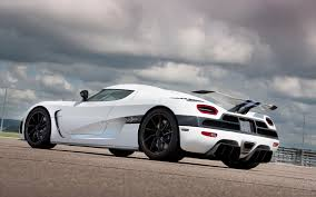 koenigsegg wrapped 2013 koenigsegg agera specs and photos strongauto