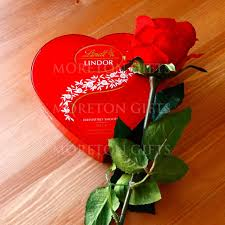 heart gifts with lindt lindor amour heart gift s day