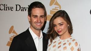 miranda kerr engagement ring miranda kerr got creative when it was time to announce engagement