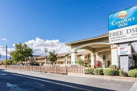 Comfort Inn Oak Creek Wi Comfort Inn In Bishop Hotel Rates U0026 Reviews On Orbitz
