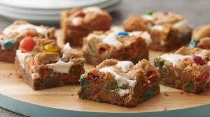 3 ingredient caramel apple pie cookie bars pillsbury com