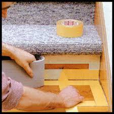 treppe belegen treppenstufen mit teppichboden belegen anleitung