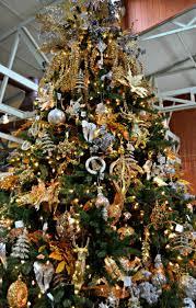 gold andr tree skirt ornaments ideas trees