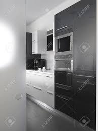 Carrelage Cuisine Moderne by Cuisine Moderne Avec Carrelage Gris Et Mur Blanc Banque D U0027images