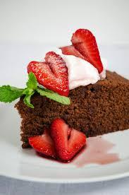 Wine Chocolate Red Wine Chocolate Cake With Strawberries U2013 Honest Cooking