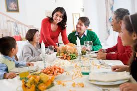 top 10 dreaded topics brought up during thanksgiving dinner