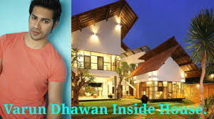 House Of Home Varun Dhawan Inside House Selfie With Family Youtube