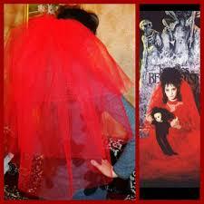 lydia beetlejuice wedding dress veil 3 tier costume idea lydia