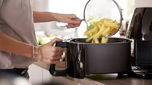 philips airfryer black friday deal save 95 on oil free philips airfryer u2013 now just 125