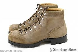 womens walking boots size 9 vasque womens hiking boots size 9 vtg brown leather mountain trail