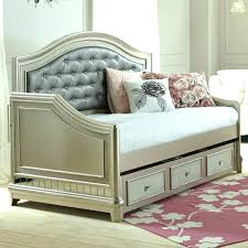 Daybed With Storage Underneath Daybed Storage Underneath Bedroom Awesome Daybed For Comfortable