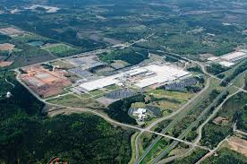 mercedes tuscaloosa alabama report mercedes building 1b electric battery suv plant in